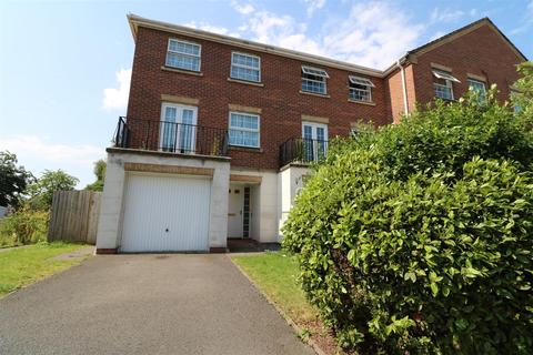 4 bedroom townhouse for sale - Royal Way, Baddeley Green, Stoke-On-Trent