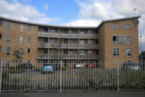 2 bedroom flat to rent - The Curve, Crescent West, Kettering, Northants