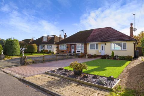 2 bedroom semi-detached bungalow for sale - Castle Drive, Horley