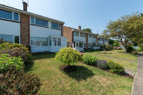 3 bedroom semi-detached house for sale - Station Road, Westgate-On-Sea