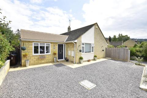 3 bedroom detached bungalow for sale - Beverley Gardens, Woodmancote, GL52