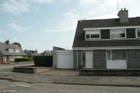 3 bedroom detached house to rent - Woodend Crescent, Aberdeen, AB15