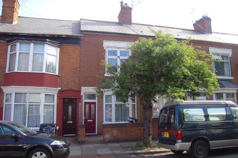 3 bedroom terraced house to rent - Stuart Street, Leicester LE3 0DU
