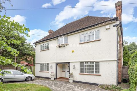 6 bedroom detached house for sale - Hayes Lane, Hayes