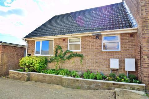 3 bedroom bungalow for sale - Northmoor