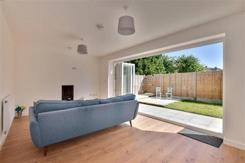 4 bedroom detached house for sale - Ringden Avenue, Paddock Wood, Tonbridge, Kent