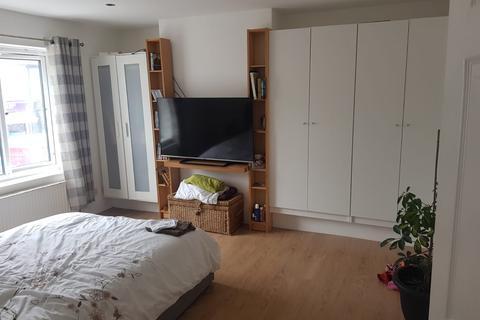 2 bedroom flat to rent - Bexley Road, DA8 3HB