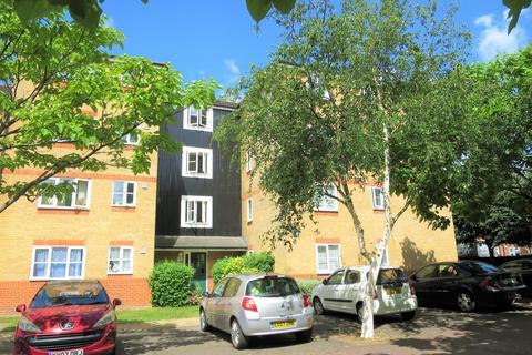2 bedroom flat to rent - Peabody Court, 3 Martini Drive, En3