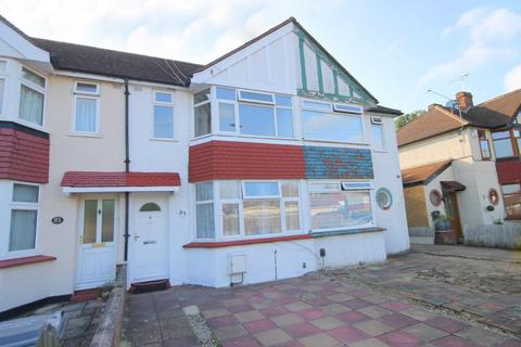 3 bedroom terraced house for sale - Parkfield Road, Feltham, TW13