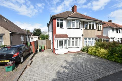 3 bedroom semi-detached house to rent - Wincrofts Drive, Eltham, SE9