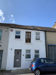 2 bedroom terraced house to rent - Freehold Terrace, Lewes Road