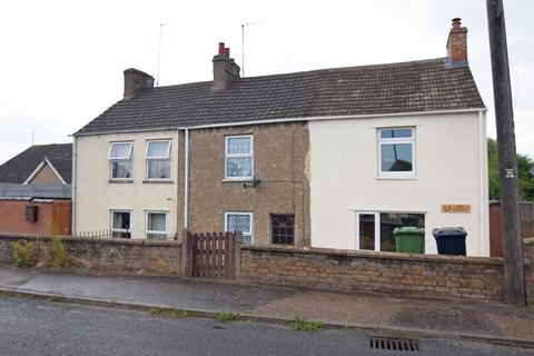 2 bedroom terraced house for sale - Clenchwarton Road, West Lynn