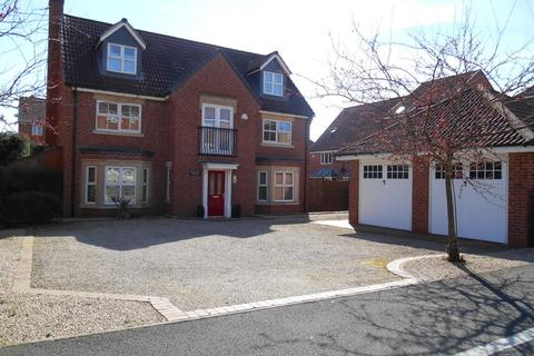 5 bedroom detached house to rent - Starflower Way, Mickleover