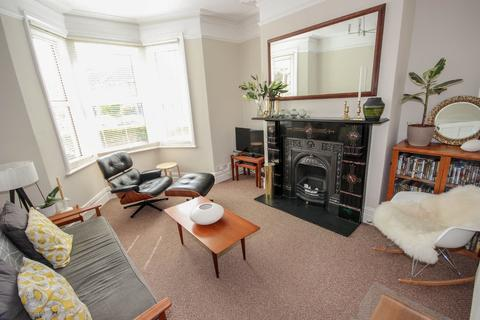 3 bedroom terraced house to rent - Winchester Road, BA2 3LF
