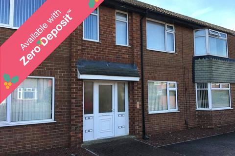 2 bedroom flat to rent - Lynmouth Road, Norton