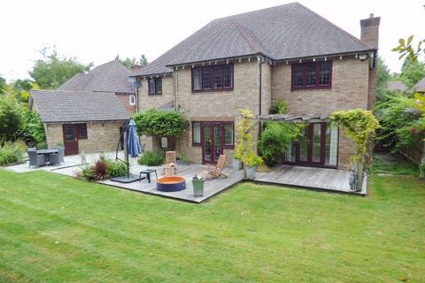 5 bedroom detached house for sale - EPSOM DOWNS