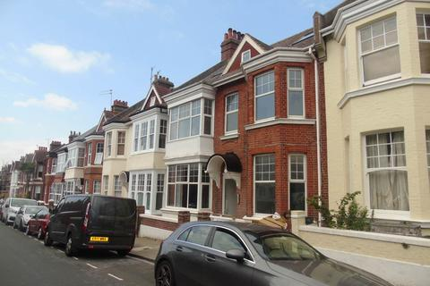Studio to rent - Addison Road, Hove, East Sussex