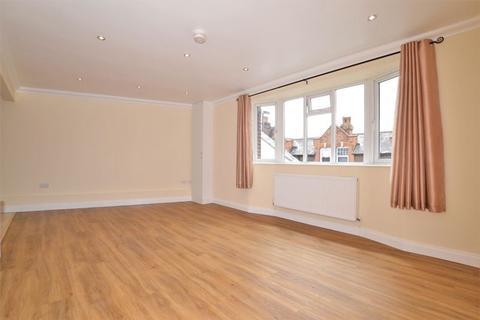 Studio to rent - Selsdon Road, South Croydon