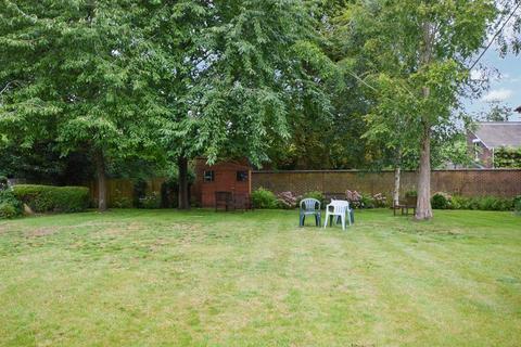 1 bedroom retirement property for sale - Archers Court, Salisbury