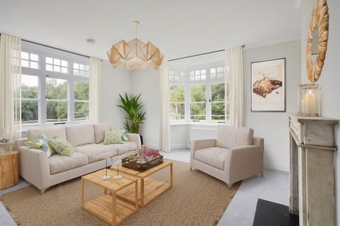 4 bedroom detached house to rent - Alders Road, Tonbridge