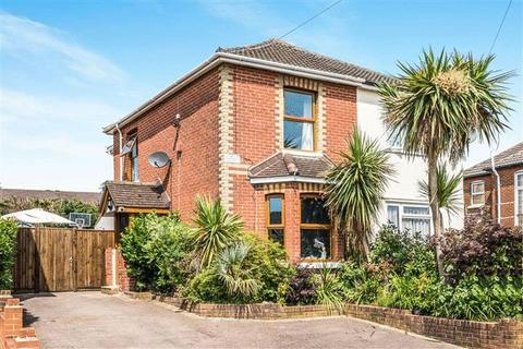 3 bedroom semi-detached house for sale - Middle Road, Sholing