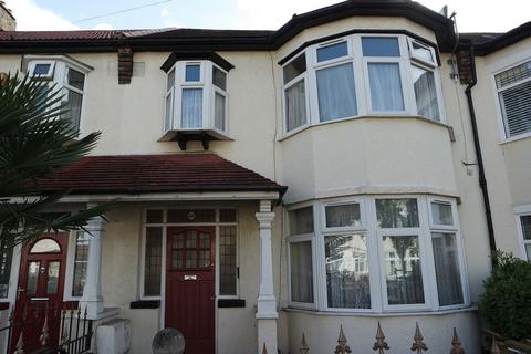 3 bedroom property to rent - Fairlands Avenue, Thornton Heath