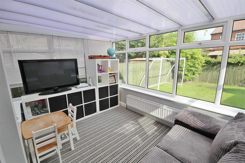 Kings Lea North Duffield Selby 3 Bed Semi Detached House