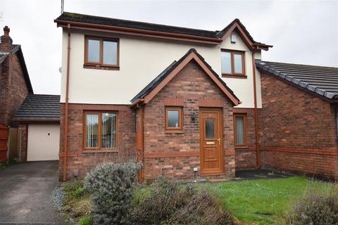 3 bedroom semi-detached house to rent - Fallowfield Drive, Rochdale