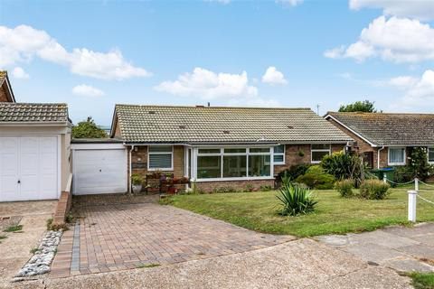 3 bedroom detached bungalow for sale - St. Andrews Drive, Seaford