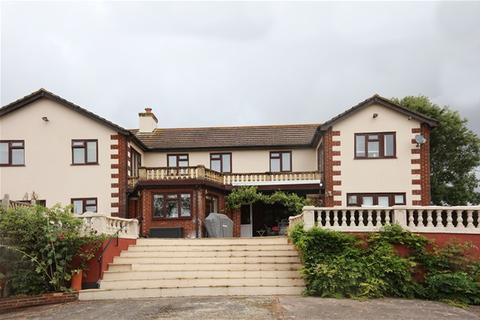 6 bedroom detached house for sale - Totnes Road, Collaton St Mary, Paignton