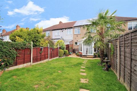 3 bedroom terraced house for sale - Collindale Avenue, Erith