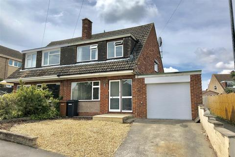 3 bedroom semi-detached house for sale - Buckminster Close, Melton Mowbray
