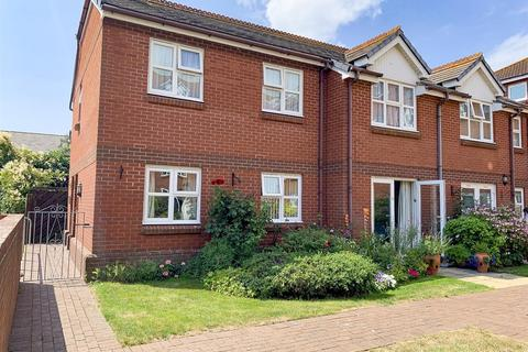 2 bedroom retirement property for sale - Ground Floor With Private Entrance, Jenner Court