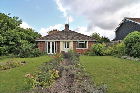 2 bedroom detached bungalow for sale - Littlefields, Dereham NR19