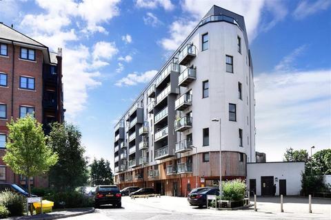 2 bedroom flat for sale - Walters Farm Road, Tonbridge, Kent
