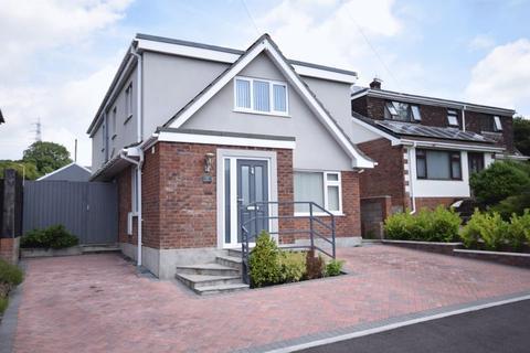 4 bedroom detached house for sale - 47 Woodlands Park, Kenfig Hill, Bridgend, CF33 6EB