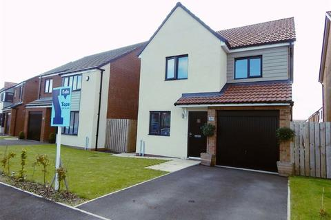 3 bedroom detached house for sale - Rowchester Way, Holystone, Newcastle Upon Tyne, NE27