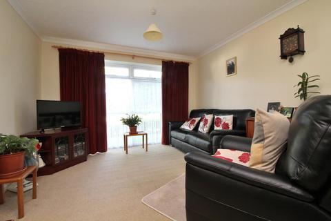 2 bedroom apartment for sale - Reynards Court, Chelmsford, Essex, CM2