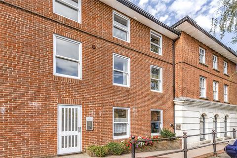 2 bedroom apartment for sale - Lady Place Court, Market Square, Alton, GU34