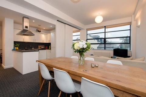 2 bedroom flat to rent - Bridgepoint Lofts, Shaftesbury Road, London, E7