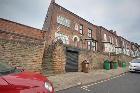 3 bedroom flat for sale - Seely Road, Nottingham, Nottinghamshire, NG7 1NU