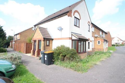 1 bedroom terraced house for sale - CROMER WAY, Bushmead