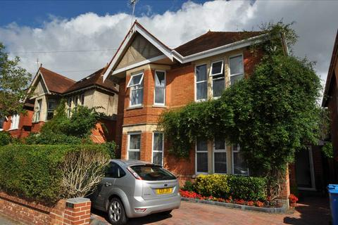 2 bedroom apartment to rent - Parkstone Avenue, Poole
