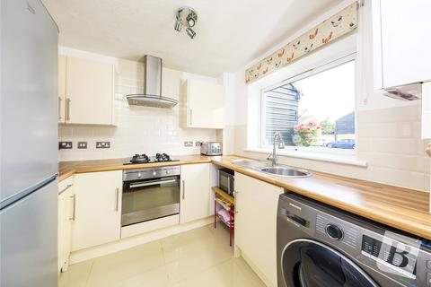 2 bedroom maisonette for sale - Maytree Close, Rainham, RM13