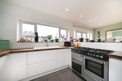 4 bedroom terraced house to rent - Cobb Road, Berkhamsted HP4