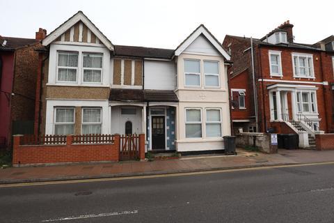 1 bedroom apartment to rent - Ashburnham Road, Bedford, MK40 1DX