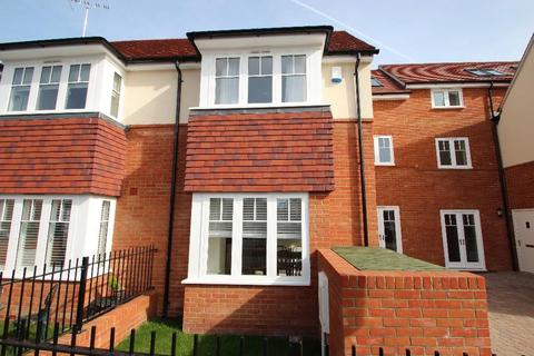 1 bedroom house share to rent - Town Lane, Marlow SL7