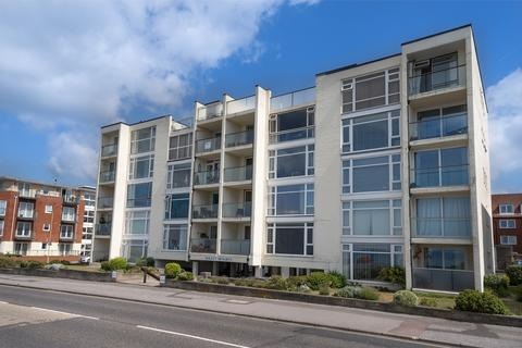 2 bedroom flat for sale - Solent Heights, Lee-on-the-Solent, Hampshire