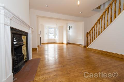 3 bedroom terraced house to rent - Elmar Road, Tottenham, N15