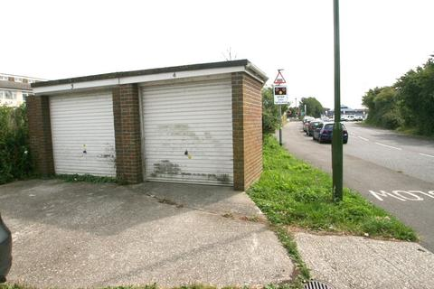 Garage to rent - East Preston, West Sussex